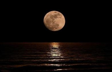 月と潮の満ち引き